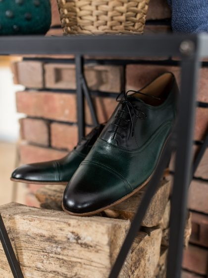 Dark green Oxford shoes